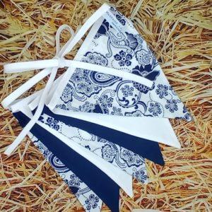 guirlande de 7 fanions cachemire marine Marraine la Fée {coton, biais blanc)